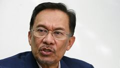 Lídra malajsijské opozice viní ze sodomie. Hrozí mu 20 let vězení